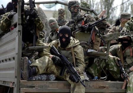 Россия выдворяет воевавших за ЛДНР - правозащитники