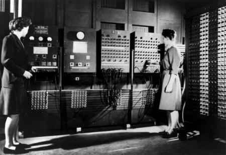 14 февраля исполнилось 72 года первому компьютеру ENIAC