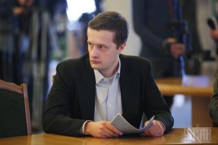 Порошенко подарил сыну 1,1 млн гривен и часть дома в Козине