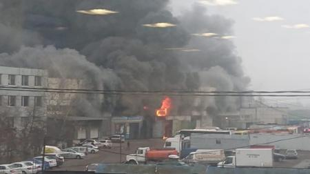 В Москве вспыхнул крупный пожар: Были слышны взрывы