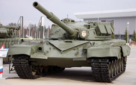Модернизация старьем. РФ сократила военные расходы