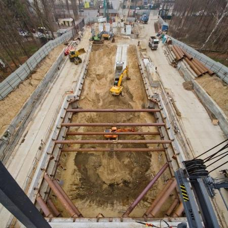 Появились новые фото строительства метро на Виноградарь