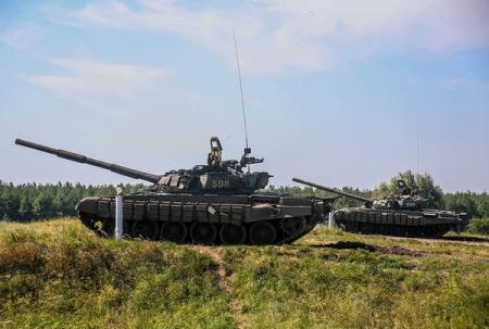 Разведчик объяснил, зачем Россия стягивает военную технику на Донбасс
