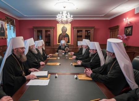 Сторонников автокефалии УПЦ МП будет отлучать от церкви - СМИ