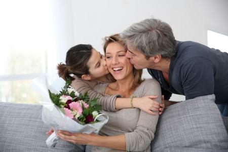 Сегодня в Украине отмечают День Матери