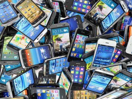 Китайская  компания ZTE прекращает продажи смартфонов из-за американских санкций