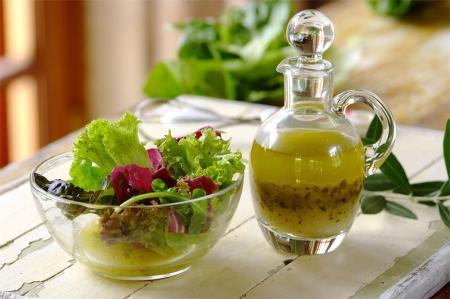 Заправки для салата: лучшие рецепты