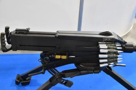 Українські зброярі представили кулемет власної розробки