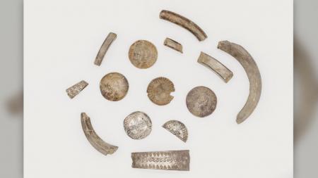 Археологи обнаружили клад викингов с древними