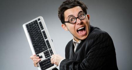 Работа за компьютером: 5 самых вредных привычек