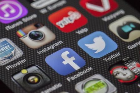 Facebook стал самой популярной социальной сетью в Украине
