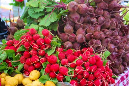 farmers-market-vegetables-3777774_1920
