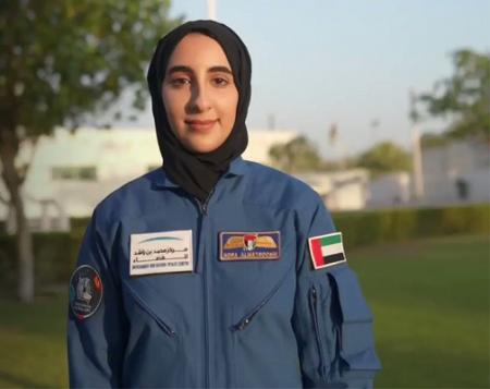 first-woman-astronaut-from-emirates-02