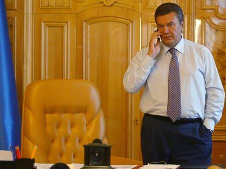 Янукович назвал условие для проведения своего допроса