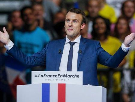 Во Франции официально объявили о победе партии Макрона