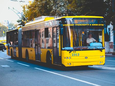 trolleybus1