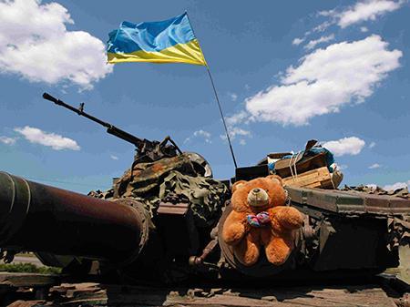 Боевики совершили 62 обстрела, погиб украинский боец – штаб АТО
