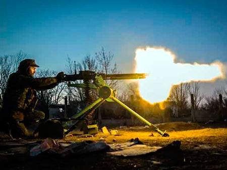 Штаб АТО: 22 обстрела, ранен боец ВСУ