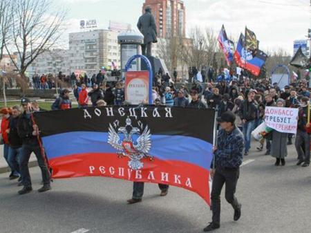 Донецкие сепаратисты угрожают самостоятельно присоединиться к России
