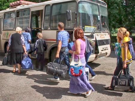 Беженцев из Донбасса россияне депортируют на Дальний Восток