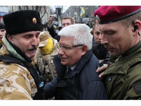 Будто их нет, или За Украину без дяди