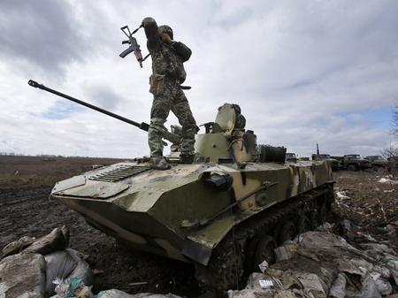 http://data.kontrakty.ua/cache/www/450,0/images/stories/fotos/2010/04/1week/crimea_vojna4_500.jpg