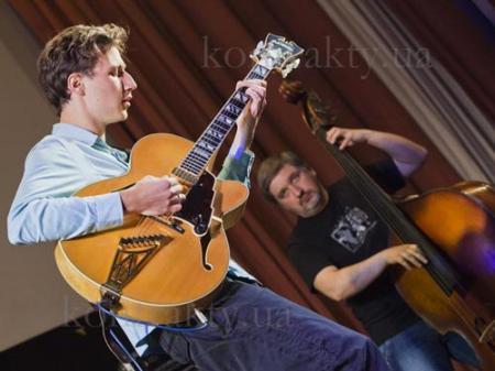 В Киеве соревновались лучшие джазовые и рок-гитаристы