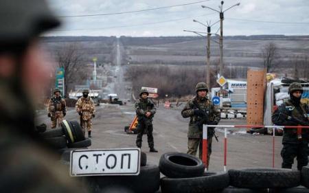 Порошенко озвучил условия снятия блокады ОРДЛО
