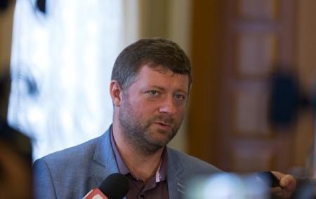 Корнієнко нарахував до п'яти олігархів в Раді