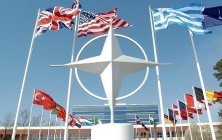 НАТО планирует построить в Европе пять объектов для хранения американской военной техники