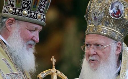 Порошенко призвал представителей РПЦ вернуться обратно в Россию