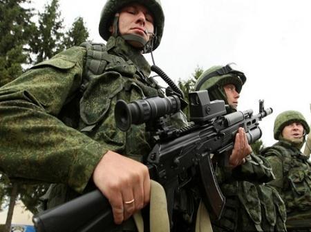 Россия устроила тренировки с участием 30 тысяч военных у границы с Украиной