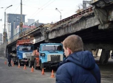 Шулявский мост в Киеве начнут сносить в начале ноября