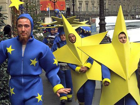 Парламентариям предлагают законодательно закрепить евроинтеграцию