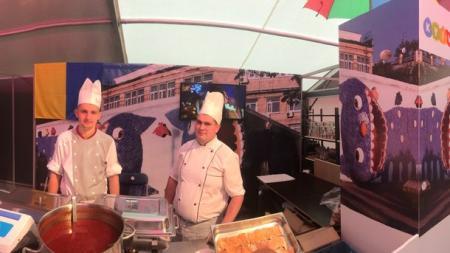 Украинцы покорили всех на фестивале еды в Брюсселе
