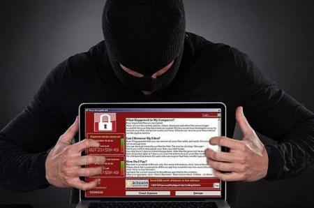 Хакеры шантажируют украинцев: что делать с интернет-вымогателями