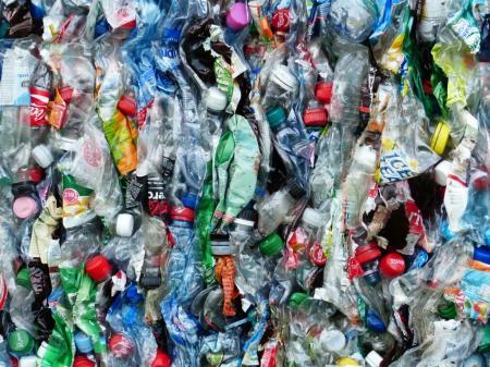 plastic-bottles-115071_1920_28.05.20