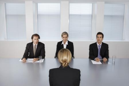 Каких ошибок стоит избегать при поиске и привлечении топ-менеджеров