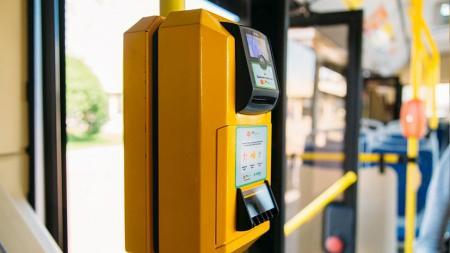 v_chelyabinskikh_tramvayakh_avtobusakh_i_trolleybusakh_vne_12.11.19